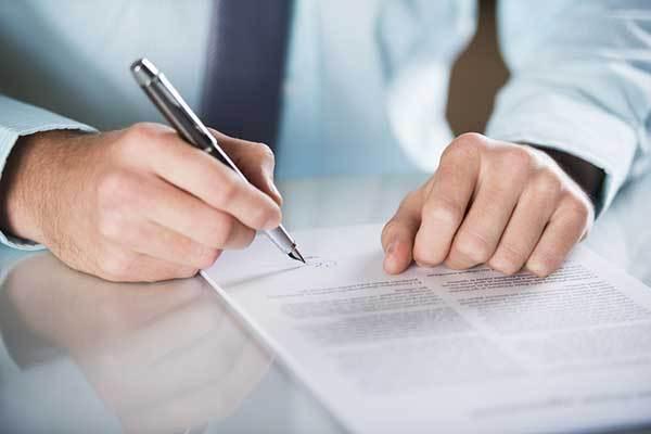 Il trasferimento di beni dal Disponente al Trustee sconta l'imposta in misura proporzionale soltanto laddove si provi che si è pervenuto ad un reale arricchimento del beneficiario